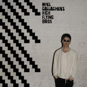 Portada del disco Chasing Yesterday (Deluxe) de Noel Gallagher's High Flying Birds